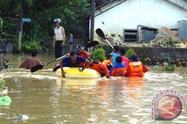 Banjir di Pamekasan kian meluas