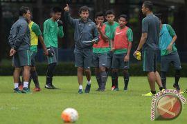 Luis Milla sesalkan penampilan timnas babak pertama