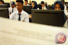 Di Yogyakarta, UNBK sempat tertunda karena gangguan server