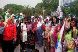 Buruh Perempuan Kampanyekan 14 Minggu Cuti Melahirkan