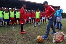 Jelang Piala AFF, Timnas U-16 rekreasi ke Taman Safari Prigen