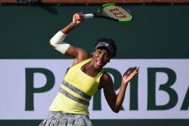 Venus selamat dari ancaman Dolehide di pembukaan Piala Rogers