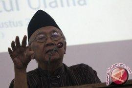 Gus Sholah: Pesantren Pembentuk Patriotisme Indonesia