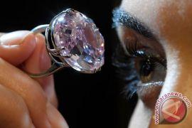Berlian ini terjual hampir seharga Rp1 triliun