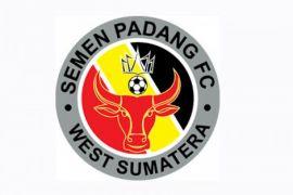 Semen Padang kandaskan tuan rumah Persibat 2-1