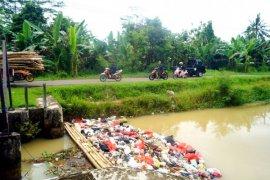 Bupati Lebak Ajak Warga Jaga Kebersihan Lingkungan