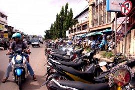 Polisi Tangerang bekuk pencuri motor miliki senjata api