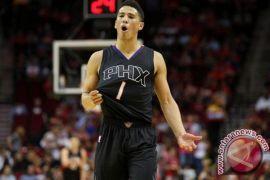 Pemulihan pascaoperasi enam pekan, Suns bisa tanpa Booker di laga-laga awal