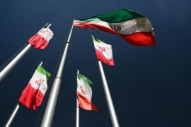 Pria bersenjata bunuh 12 anggota Garda Revolusi Iran
