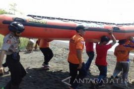 Dua Pemancing asal Bondowoso Tenggelam di Pantai Situbondo