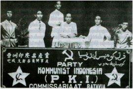 Mental Revolution to Prevent the Danger of Communism