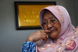 Mahasiswa Garut gelar aksi dukungan untuk ibu yang digugat anaknya