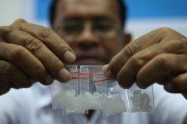 Polres Karawang sita puluhan gram sabu dengan 13 tersangka