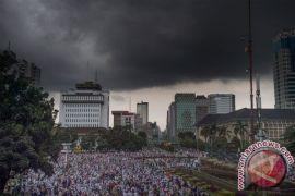 Massa aksi 313 bergerak menuju Istana Kepresidenan
