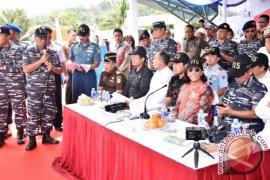 "Menteri Susi Tenggelamkan 81 Kapal ""Illegal Fishing"""