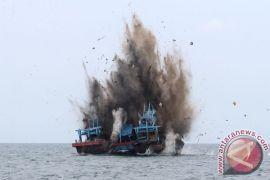 Penenggelaman kapal ilegal tidak efektif tekan pencurian ikan