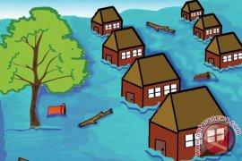 Permukiman warga Sanenrejo Jember rusak diterjang banjir