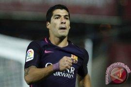 Tanpa Messi, Barcelona Bantai Granada 4-1