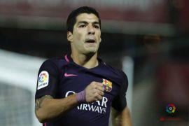 Barcelona akan banding terhadap kartu kuning Suarez dan Pique