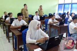 Sebanyak 9. 388 pelajar SD dan SMP Kapuas Hulu ikut ujian nasional