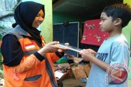 Relawan Nusantara Bantu Anak Di Pelosok Sukabumi