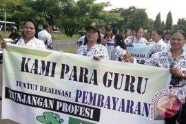 PGRI MTB Tuntut Pembayaran Tunjangan Profesi