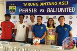 Rayakan 25 tahun, Pop Mie pertemukan Persib vs Bali United
