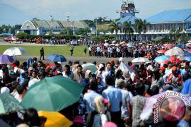 Ribuan warga padati Lanud Halim Perdanakusuma, saksikan HUT TNI AU