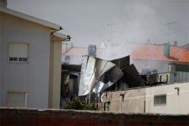 Pesawat kecil jatuh di Portugal, 5 tewas