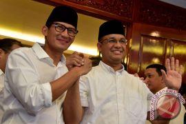 Kemarin kiper Persela meninggal, Anies-Sandi dapat wejangan Prabowo