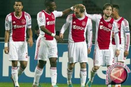 Ajax berharap bisa manfaatkan absennya Sergio Ramos