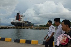 Menpan Kunjungi Pelabuhan Anggrek Gorontalo Utara