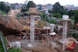 Pemkab Sukabumi janji bantu percepat pembebasan lahan tol Bocimi