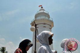 Masjid Sumbar akan dilengkapi menara 85 meter, untuk lihat pemandangan