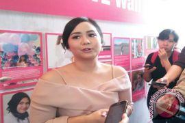 Tips Gita Gutawa untuk meredakan nyeri PMS