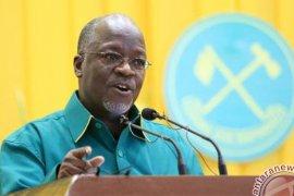 Di Tanzania, Presiden dukung pejabat yang pukuli siswa dengan tongkat