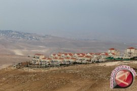 Pemukim Yahudi dan polisi menyerbu kompeks Masjid Al-Aqsha