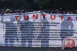 Berita kemarin yang menarik dibaca lagi: patung lilin Jokowi hingga perusakan karangan bunga Ahok