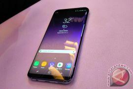 Ponsel Samsung meledak dan hancurkan mobil