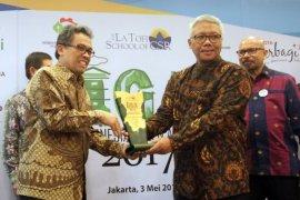 Semen Indonesia Terima Penghargaan The Best Indonesia Green Awards 2017