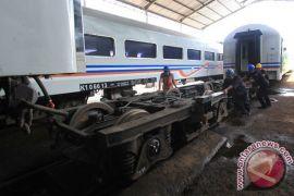 Perjalanan kereta aman dari banjir Banyuwangi