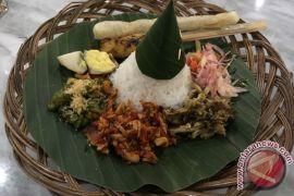 Nasi putih versus brown rice, mana yang lebih baik?