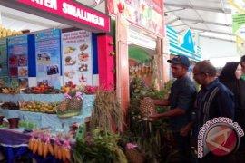 Produk Pertanian Simalungun Diminati Pengunjung Penas Aceh