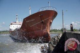 Kapal Tanker Kandas