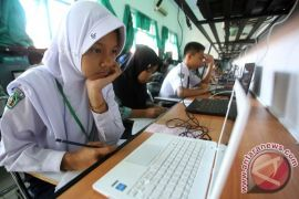 UNBK SMP di Manado juga sempat tertunda gara-gara jaringan