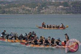 "Ratusan wisman ikuti ""Badung Dragon Boat Festival"""