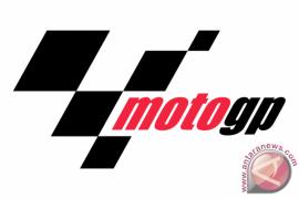 Vinales Rebut Posisi Teratas dari Rossi