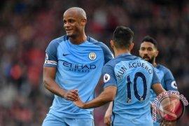Manchester City Gunduli Watford 5-0