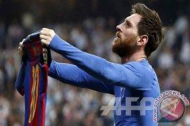 """Lionel Messi sabet gelar """"Pichichi"""" 2017"""