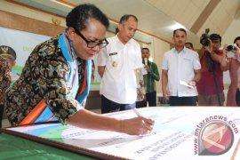 DP3AMD Ambon bahas strategi kota layak anak